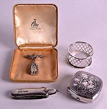 AN UNUSUAL ANTIQUE SILVER POCKET KNIFE together with a cocktail watch, napk