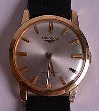 A 1970S 14CT GOLD GENTLEMANS LONGINES WRISTWATCH. 1.25ins diameter.