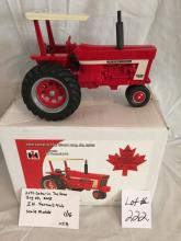 IH Farmall 966  20th Ontario Toy Show 2005  1/16