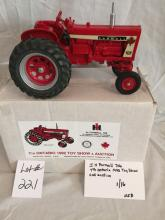 IH Farmall 706  7th Ontario Toy Show 1992 1/16
