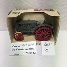 Case L, 1987 Ertl, shelf model, on steel  #450DO