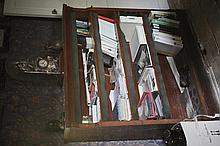 Bibliothèque en bois naturel, trois rayonnages. Epoque XIXème.