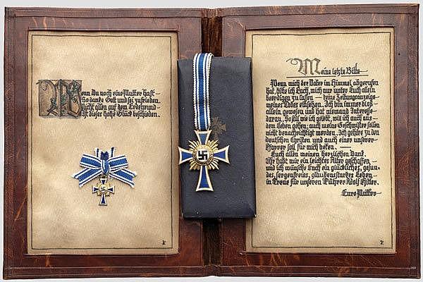 URKUNDEN - Mutterkreuz in Gold