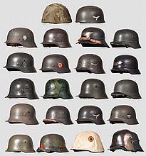 19 Helme Deutsches Reich, 1916 - 1945