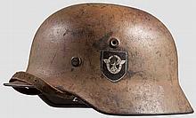 Stahlhelm M 40 in Tarnfarbe