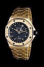 An 18 Karat Yellow Gold Royal Oak Offshore Triple Calendar Wristwatch, Audemars Piguet,