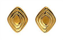 * A Pair of 18 Karat Yellow Gold Stepped Earclips, 9.50 dwts.