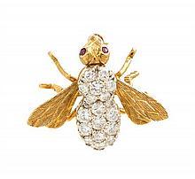 An 18 Karat Yellow Gold and Diamond Bee Brooch, Herbert Rosenthal, 3.10 dwts.