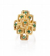 A 14 Karat Yellow Gold and Emerald Ring, 5.30 dwts.