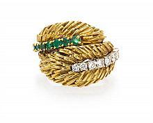 An 18 Karat Yellow Gold, Diamond and Emerald Ring, 9.10 dwts.