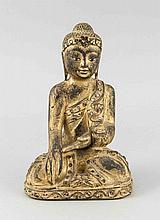 Sitzender Buddha, Asien, Holz geschnitzt, partiell vergoldet mit kl. Spiegeln besetzt, H. 21 cm