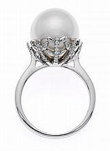 Südsee-Brillant-Ring WG 750/000 mit einer excellen