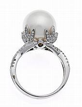 Südsee-Brillant-Ring RG/WG 750/000 mit einer excel