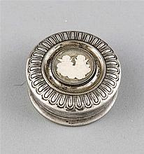 Rundes Biedermeierdeckeldöschen um 1830/40 Silbe
