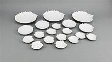 Neunzehn Blattschalen KPM Berlin Marken 1962-92