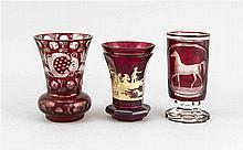 Zwei Vasen und ein Fußglas Böhmen 19./20. Jh. k