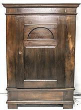 Biedermeier - Wäsche/Kleiderschrank um 1820, Eiche massiv, eintüriger, zerl
