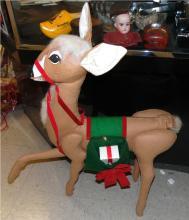 Vintage 1982 Annalee Mobilitee Reindeer figure doll felt 32