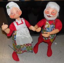 Vintage Annalee Mobilitee Dolls Dancing Santa and Mrs. Claus, 1971, 30