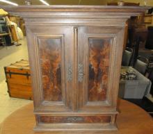 1800's Victorian Burled Door Wall Cabinet, 21 x 10 1/2 x 23H, EC