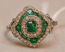 Ladies Art Deco ring, platinum, emerald and diamond, 1930's