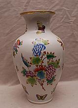 Herend vase,
