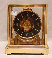 Le Coultre Atmos Heritage clock, pitting at base, 9 1/8