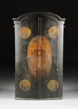 A DUTCH BAROQUE STYLE PAINTED HANGING CORNER CABINET, 20TH CENTURY,