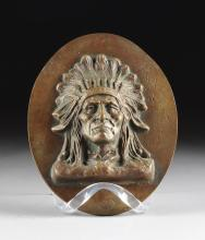 AN AMERICAN PORTRAIT BUST BRONZE PLAQUE OF A NATIVE AMERICAN CHIEFTAIN, 20TH CENTURY,