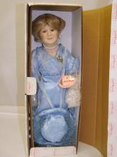 Show Stoppers - Queen Mother Doll
