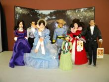 Lot of Gone With the Wind Dolls & Backdrop