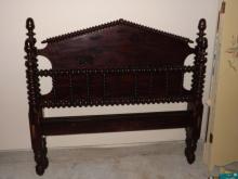 Full Size Bobbin Bed