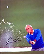 GOLF: Selection of signed 8 x 10 photographs and