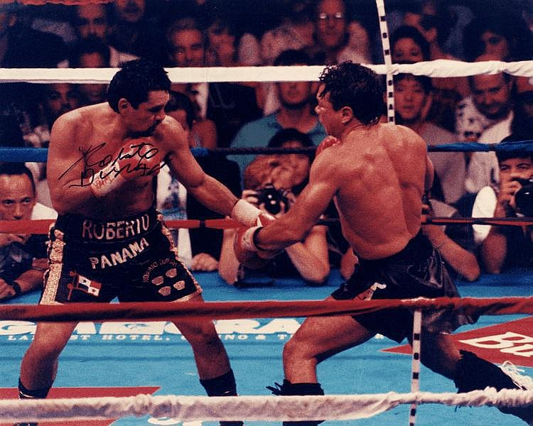DURAN ROBERTO: (1951- ) Panamanian Boxer, World