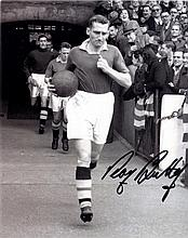 CHELSEA: Selection of signed 8 x 10 photographs by