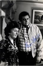 TELL ME WHERE IT HURTS: Signed 9.5 x 14 photograph by both Oscar winning actress Maureen Stapleton (
