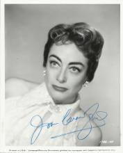 CRAWFORD JOAN: (1904-1977) American Actress, Academy Award winner. Signed 8 x 10 photograph of Crawf