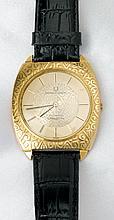 Gent's 18K Yellow Gold Universal Geneve Golden Shadow Strap Watch