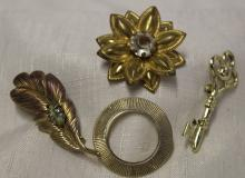 Lot of 4 Vintage Costume Brooches