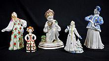 Five Porcelain Dulevo Figurines