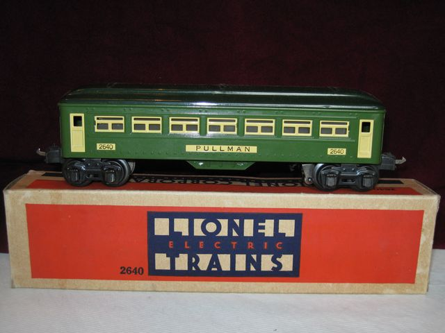 Lot of (2) Lionel Line 2640 Pullman Cars o/b