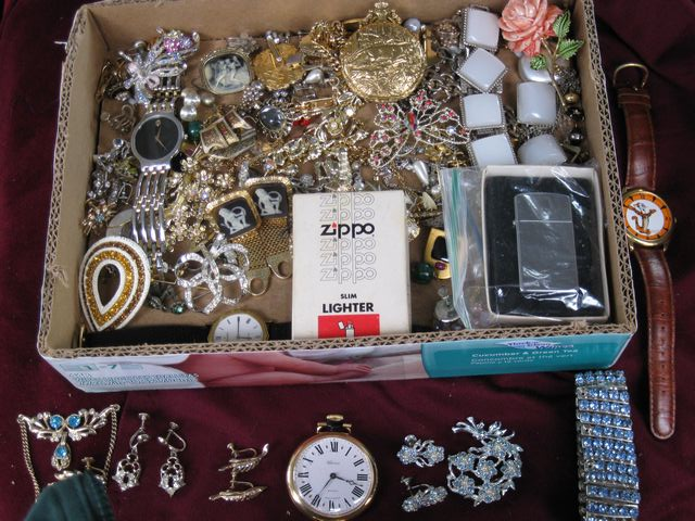 Tray Lot of Jewelry and Accessories
