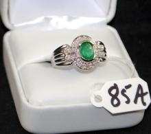 LADIES 14K WHITE GOLD EMERALD & DIAMOND RING