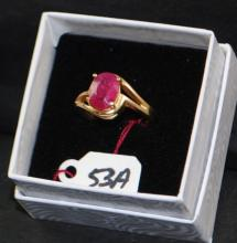 LADIES 14K YELLOW GOLD RUBY RING