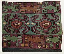 Textiles of Pre-Inca from the burying Grounds in Peru. Kanegafuchi Spinning Company's Collection. 2 in 1 Bd. Mit 100 losen farb. photogr. Tafeln u. 10 Kommentarheftchen. Kyoto, Kyoto Shoin / Korin-sha, Showa 31, um 1958. Japan. Titelbl., 8 S.
