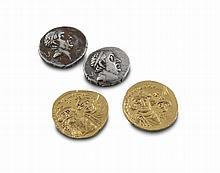 Münzen2 Solidi des Herakleios mit Konstantin III. Rückseitig je mit Inschrift VICTORIA AVGU und CONOB mit Kruckenkreuz auf drei Stufen, eine Münze mit P zur Rechten. Byzanz/Konstantinopel, 7. Jh. nach Chr. Gold. Gesamtgewicht 9 g. Durchmesser je