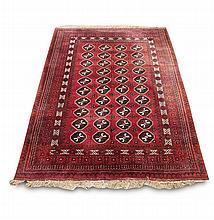 Orientteppich. Wohl Nord-Persien/Kaukasus/Turkmenistan. 20. Jh. Ca. 205 x 300 cm.