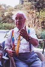 Kukies, Erich Sammlung von 10 Portraitaufnahmen von Karl Otto Götz. 2000/2001. Digitalprints. Versch. Formate von ca. 3 x 9 cm bis 12,6 x 18,6 cm. Jeweils in der Bilddarstellung von Karl Otto Götz signiert, verso vom Photographen signiert, datiert