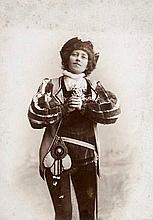 Baier 3 OPhotographien montiert auf Karton. Darstellend die Wiener Sopranistin Anna Baier (1858-1935), welche an der dortigen Wiener Hofoper enagagiert war.