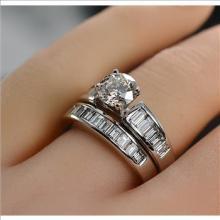$13,688 Retail 2.12 Carats t.w. Diamond Wedding Set Platinum Center Diamond is 0.77 Carat EGL G VVS2 - All VS Diamonds on Both Rings